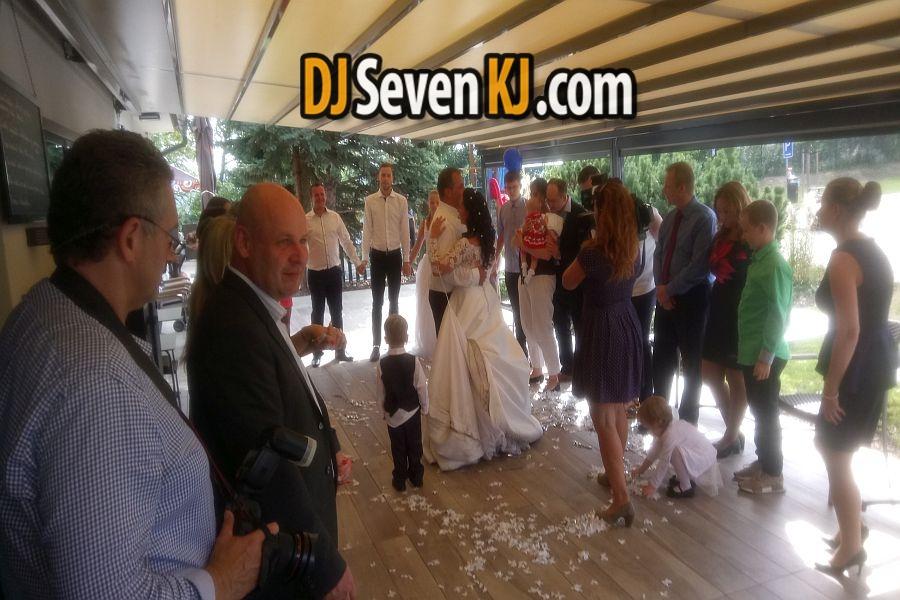Dj-na-svatbu-praha8